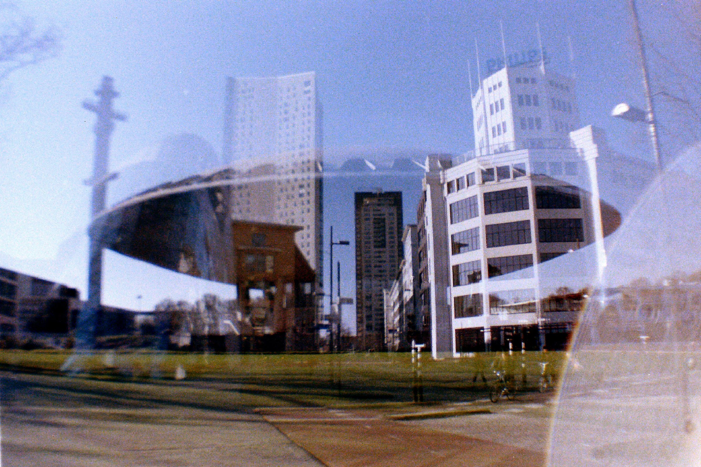 Evoluon en lichttoren - Double Exposure