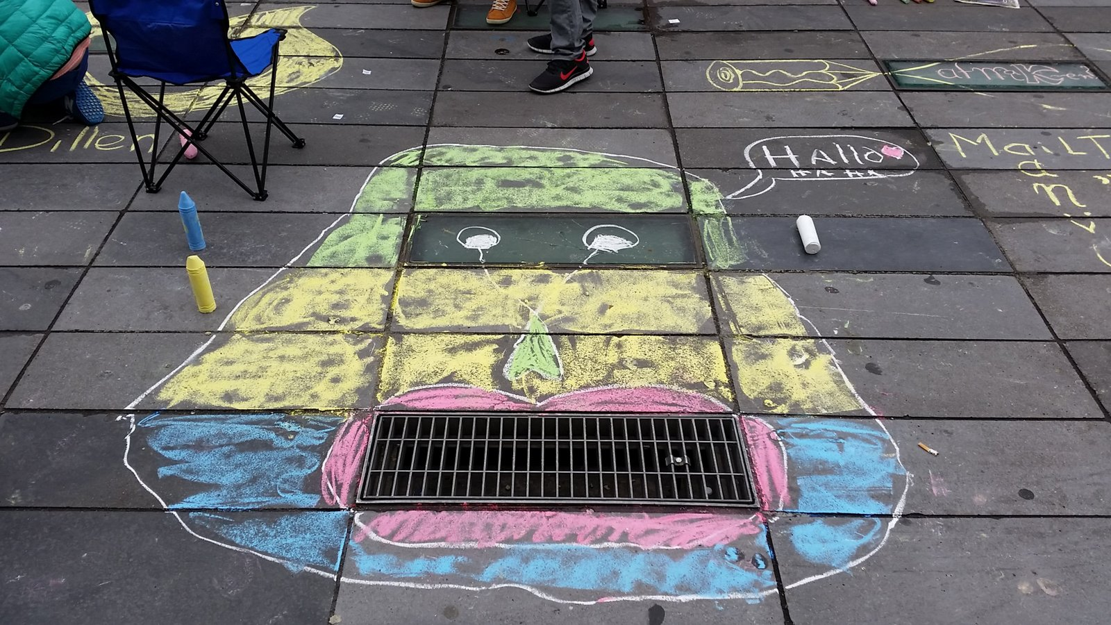 Big Draw Eindhoven - Streetart door Roos en Saar