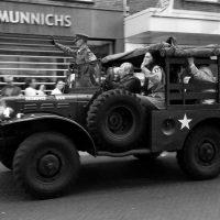 Defilé herdenking bevrijding Eindhoven 2016