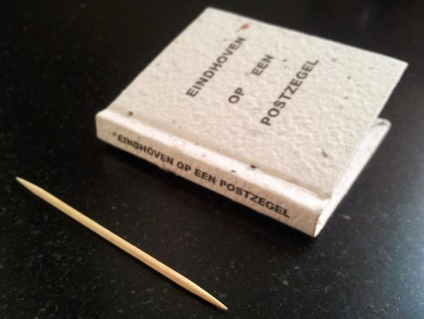 Miniatuurboekje Eindhoven op een Postzegel