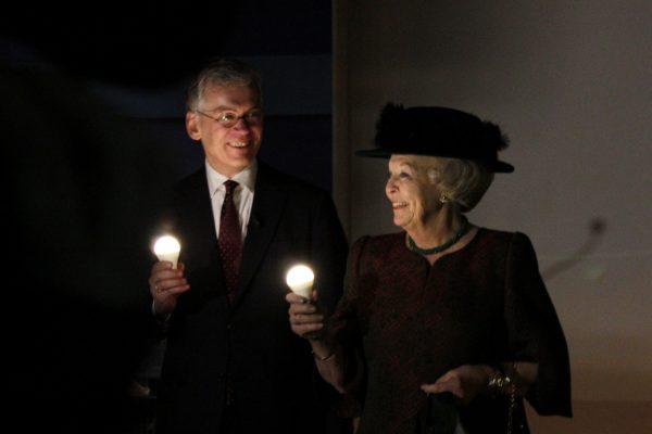 Opening Philips Museum door Koningin Beatrix en Frans van Houten