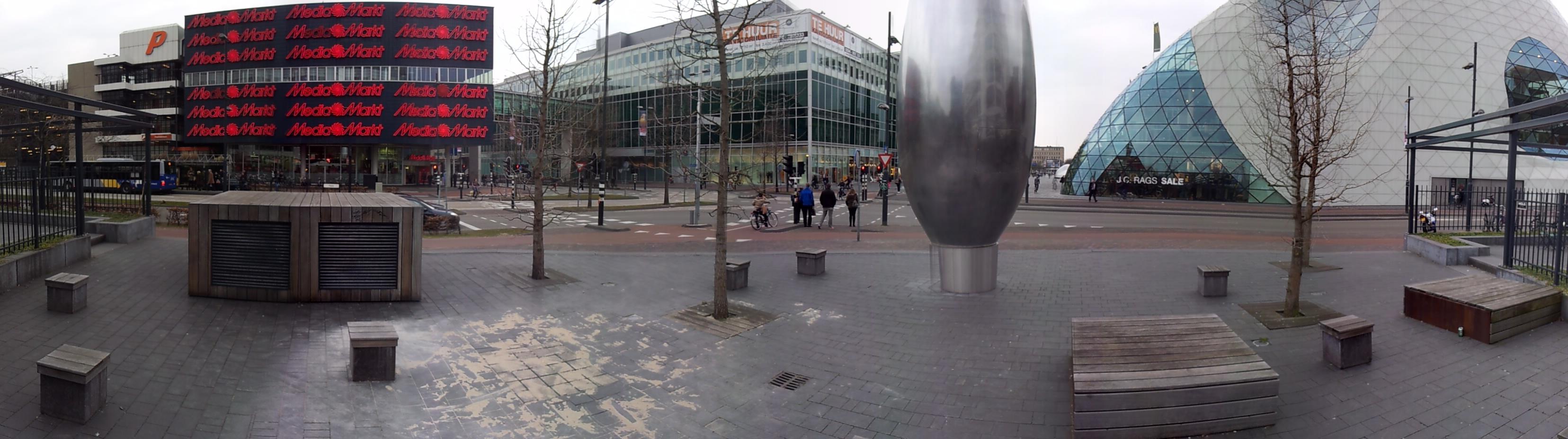 Uitzicht vanaf beoogde plek Standbeeld Frits Philips voor Usine