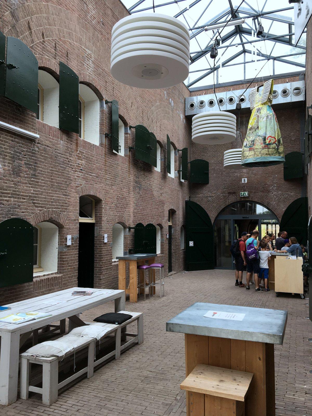 Geofort: Kazerne fort bij de nieuwe Steeg