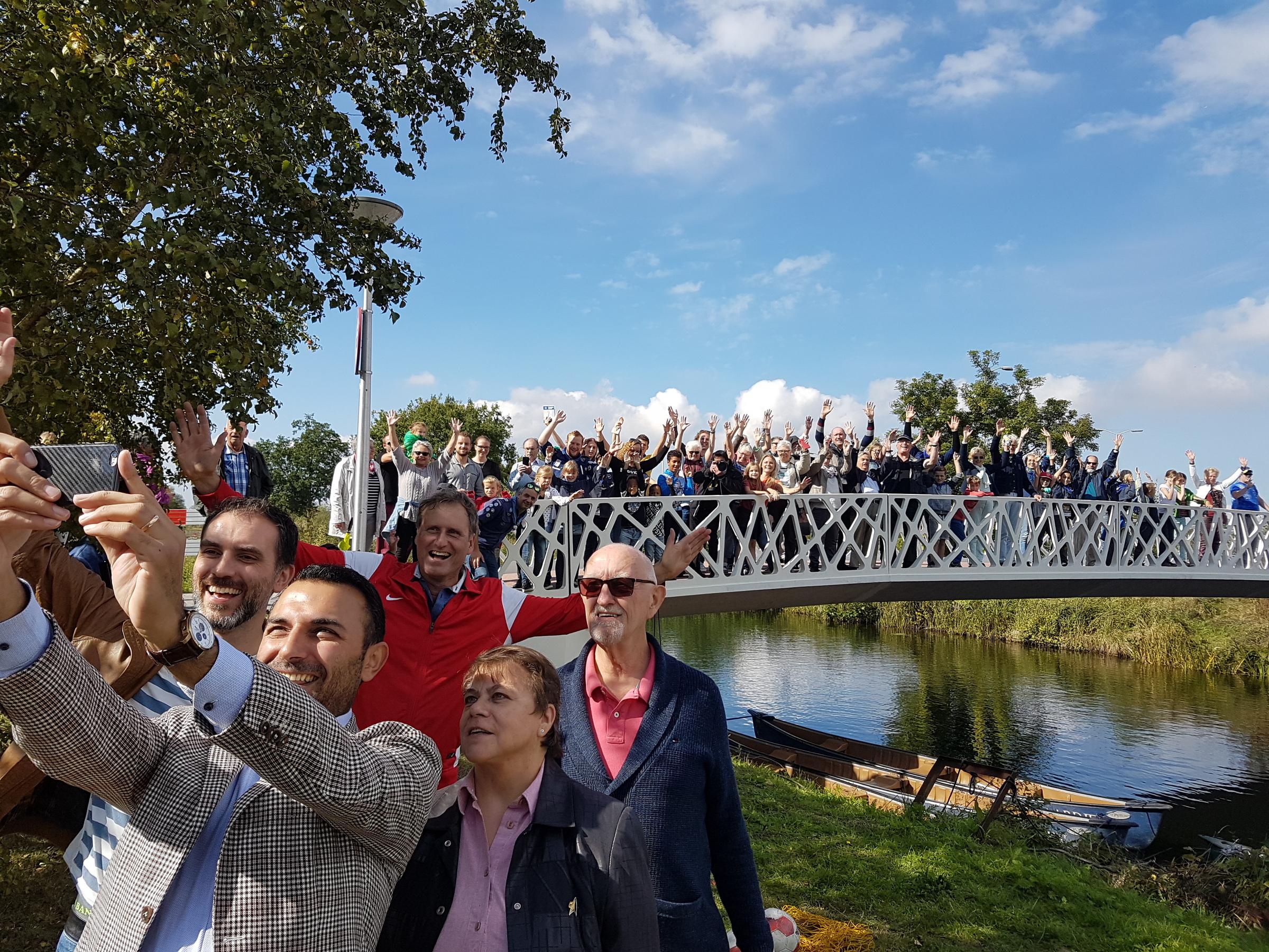 Tongelbrug - Onthulling naam door Wethouder Yasin Torunogu - Foto René van den Nieuwenhof